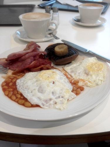 BHS Breakfast